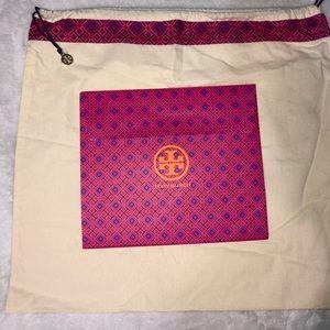 Tory Burch Dustbag & Gift Box